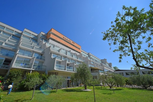 Hotel Narcis 4*