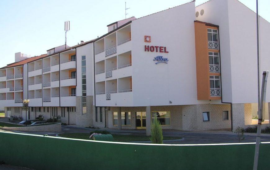 Hotel-Alba-Ljetovanje-u-Svetom-Filipu-i-Jakovu-hotel-2-870x550