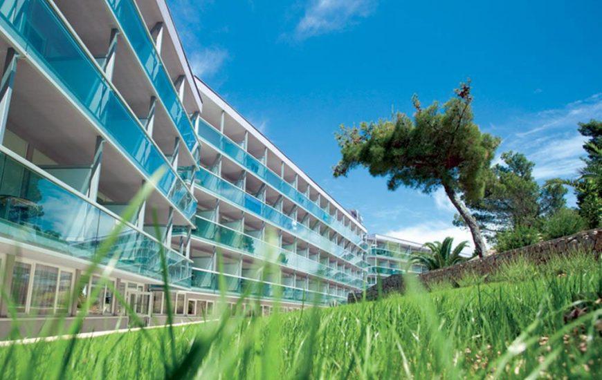 Hotel-Aurora-Losinj-1-870x550