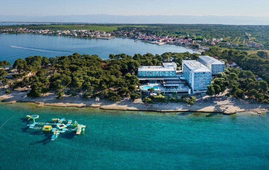 Hotel-Pinija-Petrcane-870x550