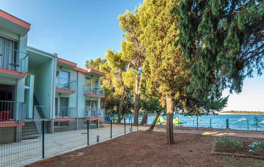 Resort-Centinera-Banjole1-870x532 (1)