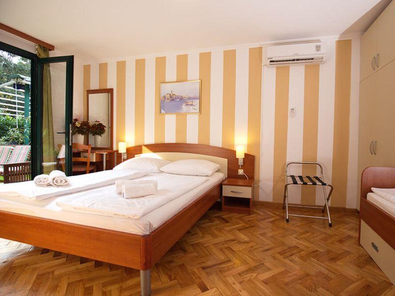 san-antonio-triple-room