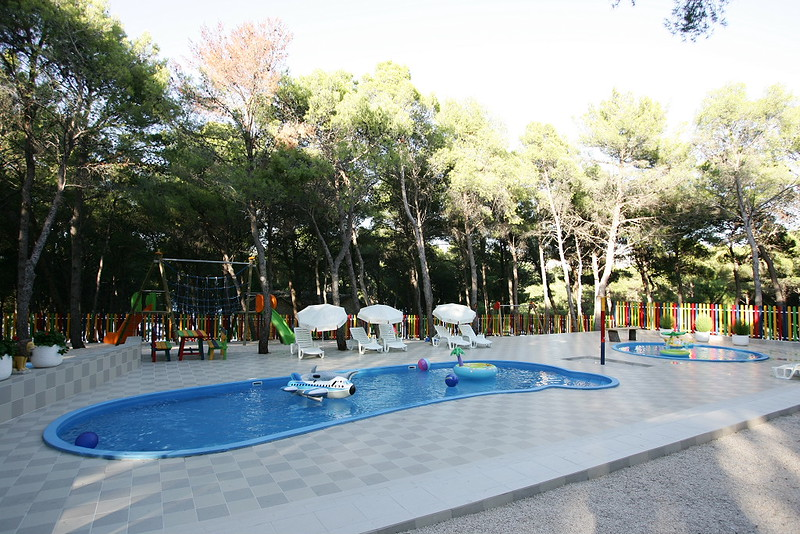 Hotel Zora, Primošten