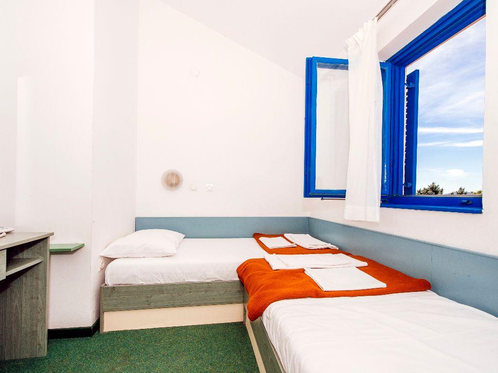 Apartmani-Croatia-Ljetovanje-na-Jadranu-C4E6-soba