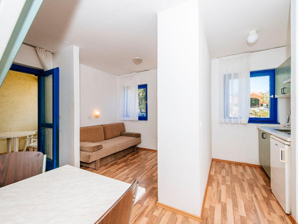 Apartmani-Croatia-Ljetovanje-na-Jadranu-E6-soba6