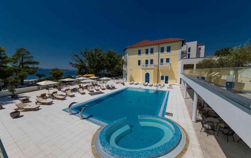 Crikvenica-Hotel-Esplanade-1-870x550