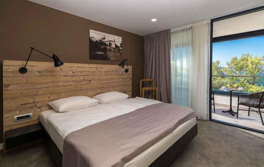Crikvenica-Hotel-Esplanade-15-870x550