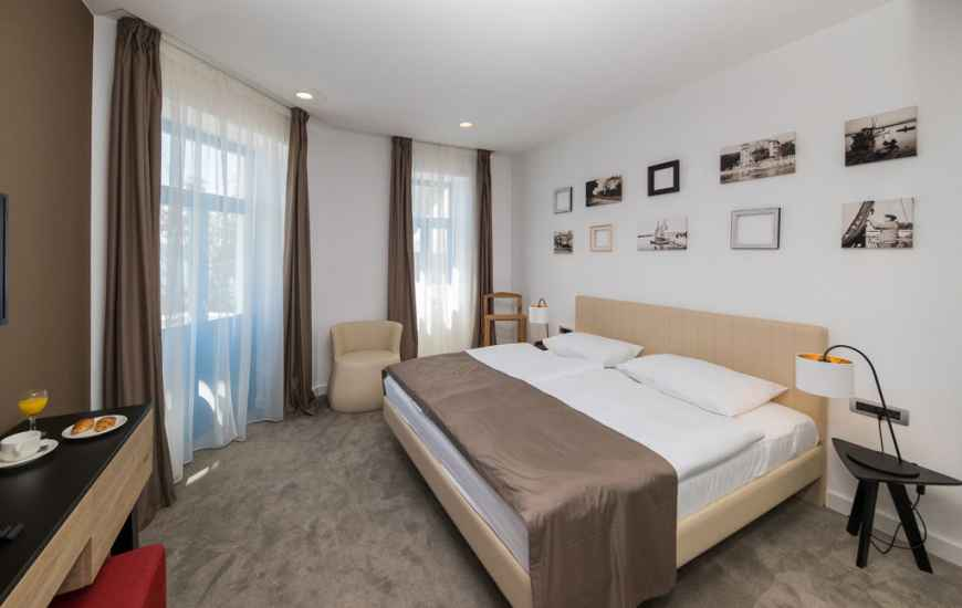 Crikvenica-Hotel-Esplanade-6-870x550