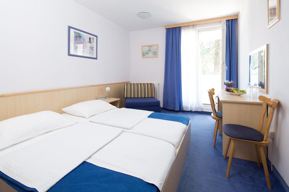 Hotel-Bolero-Ljetovanje-u-Biogradu-soba-1