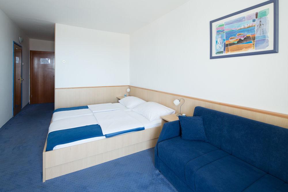 Hotel-Bolero-Ljetovanje-u-Biogradu-soba-2