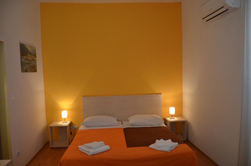 Hotel-Borik-Lumbarda-soba-1