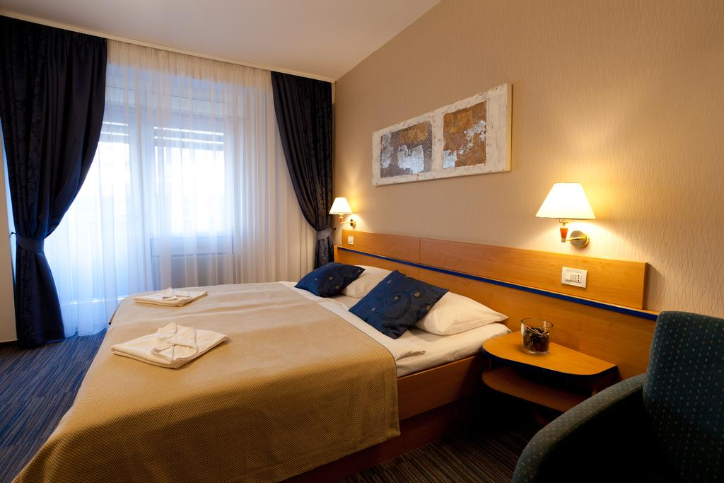 Hotel-Drazica-Krk-soba-2