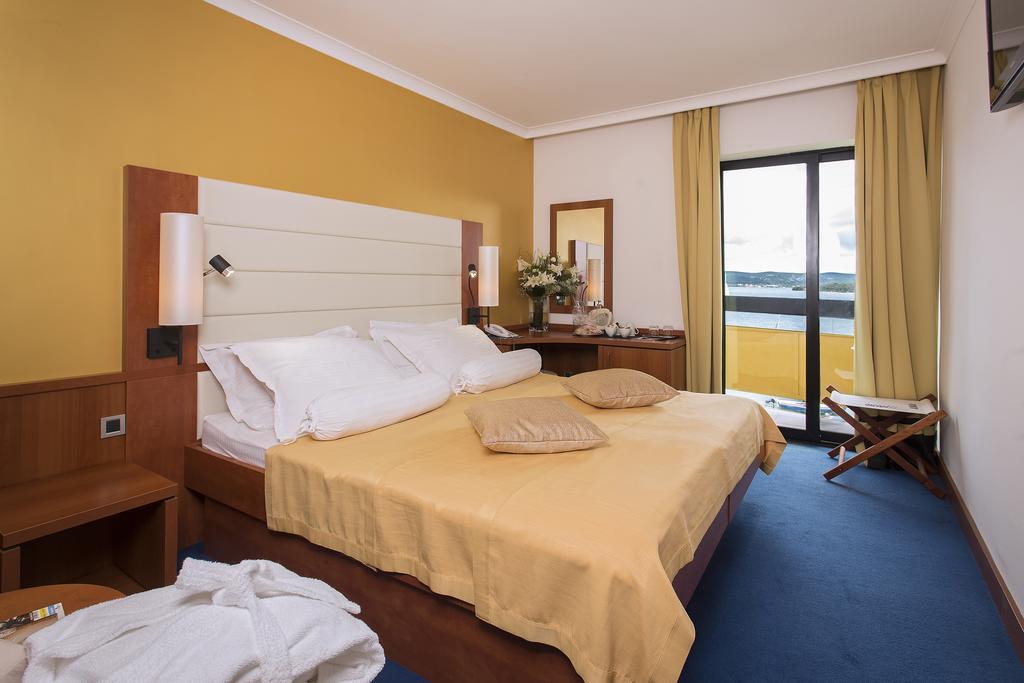 Hotel-Ilirija-Ljetovanje-u-Biogradu-soba-3