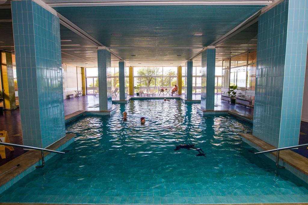 Hotel-Katarina-Selce-Ljetovanje-na-Jadranu-unutarnji-bazen