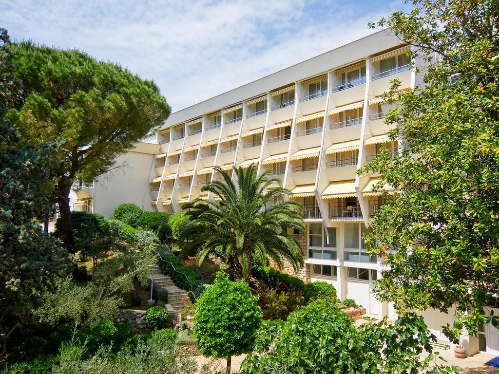 Hotel-Kimen-Cres-Ljetovanje-na-Jadranu-izgled-hotela-izvana