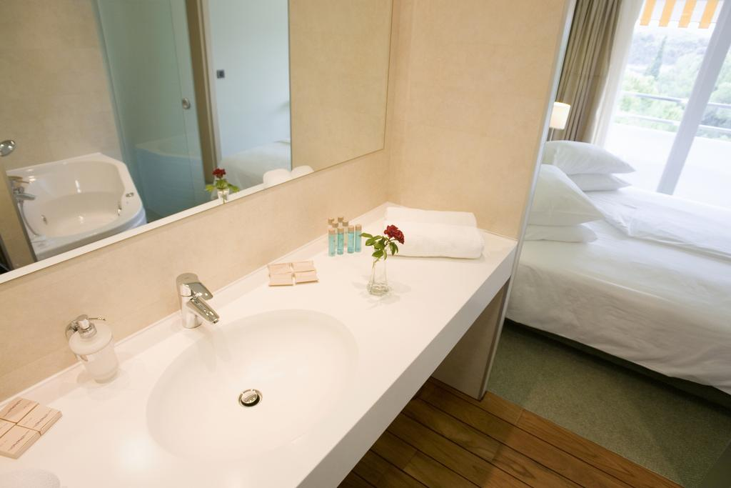 Hotel-Kimen-Cres-Ljetovanje-na-Jadranu-soba2
