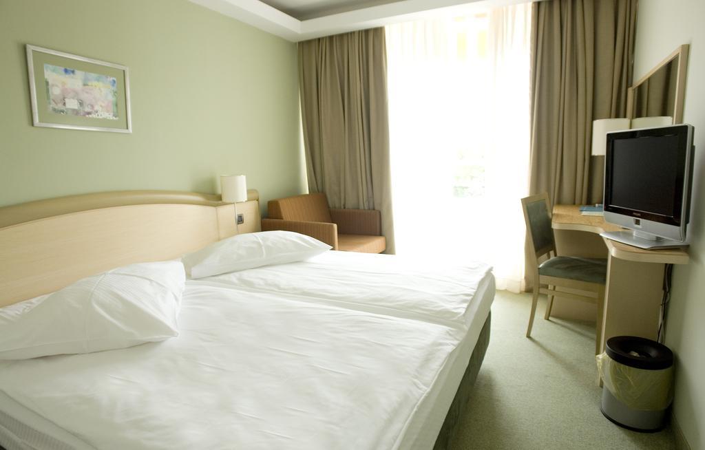 Hotel-Kimen-Cres-Ljetovanje-na-Jadranu-soba7