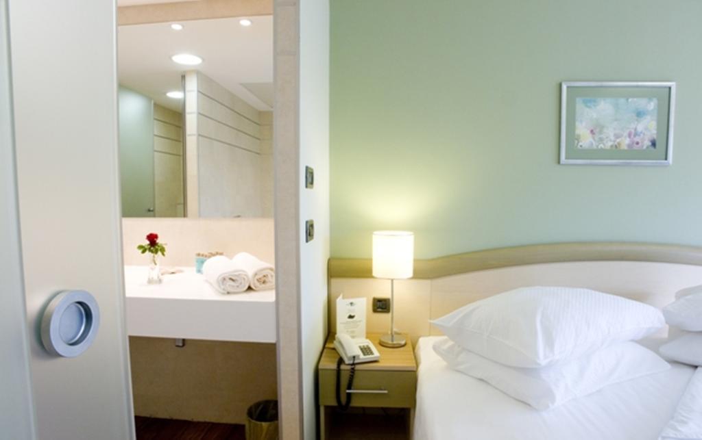 Hotel-Kimen-Cres-Ljetovanje-na-Jadranu-soba9