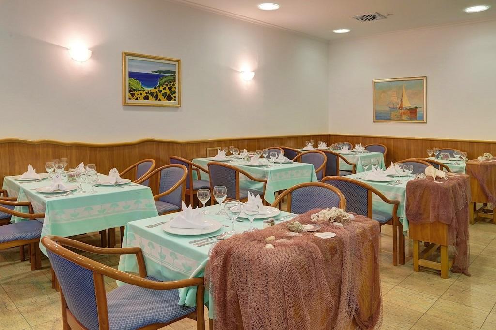 Hotel-Komodor-Dubrovnik-restoran