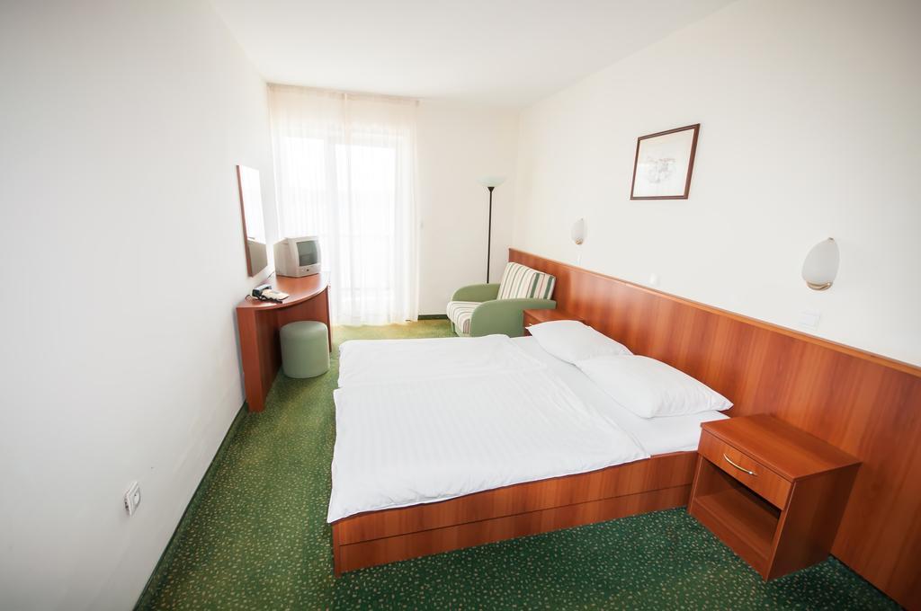 Hotel-Lavanda-Bozava-soba