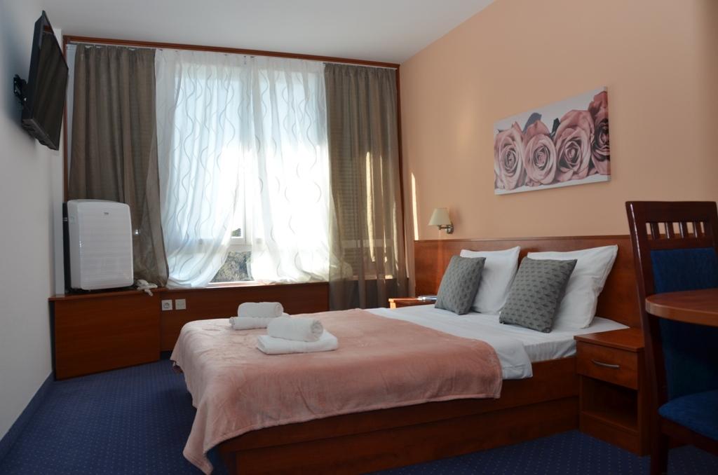 Hotel-Liberty-Pag-Premium-soba-10