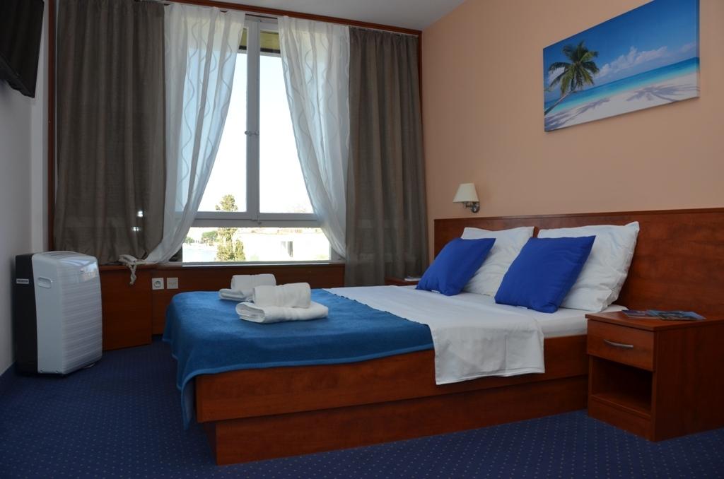 Hotel-Liberty-Pag-Premium-soba-5