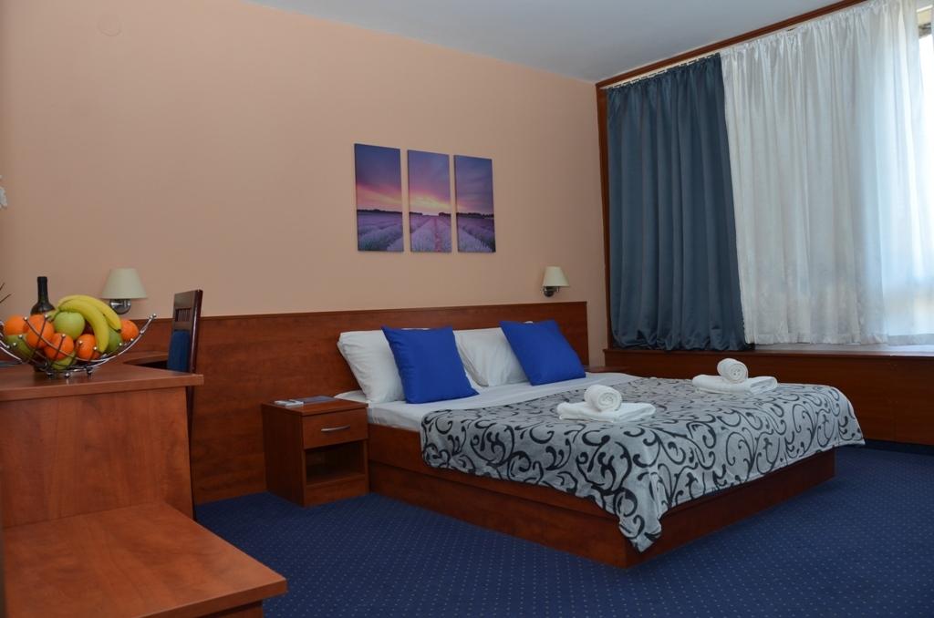 Hotel-Liberty-Pag-Standard-soba-1
