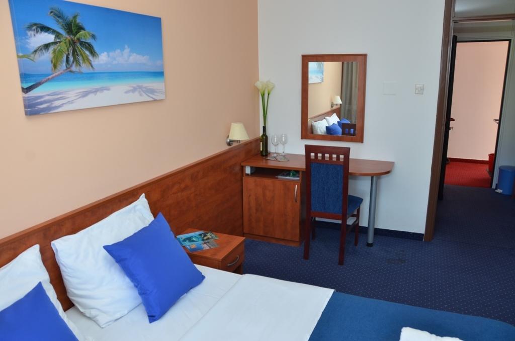 Hotel-Liberty-Pag-Standard-soba-7