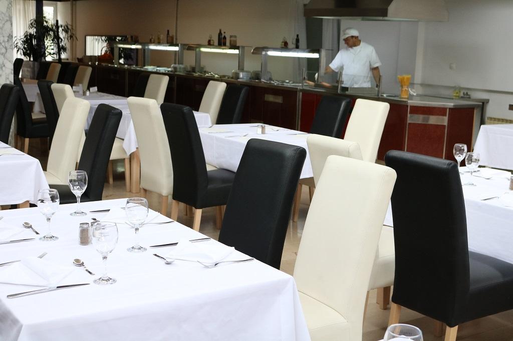 Hotel-Medena-Seget-Donji-restoran