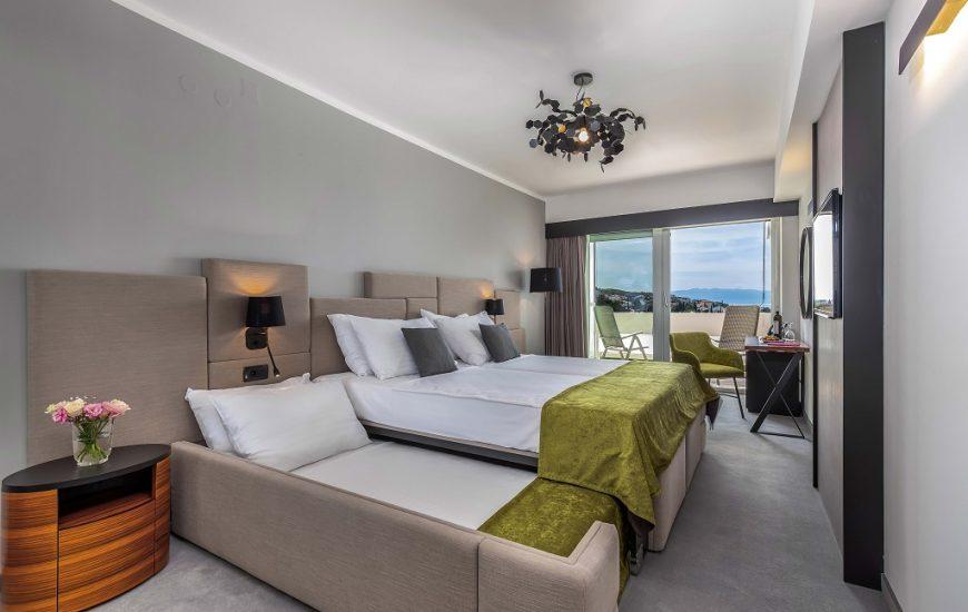 Hotel-Omorika-Crikvenica-1-870x550