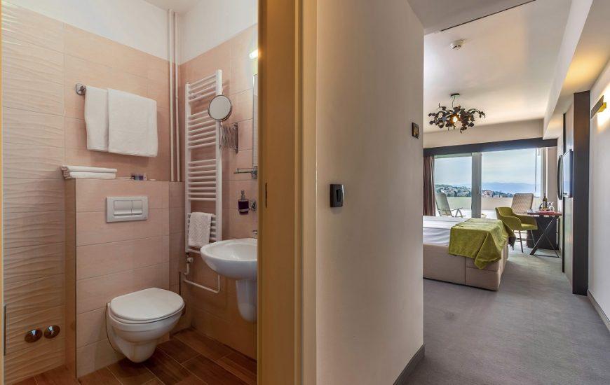 Hotel-Omorika-Crikvenica-3-870x550