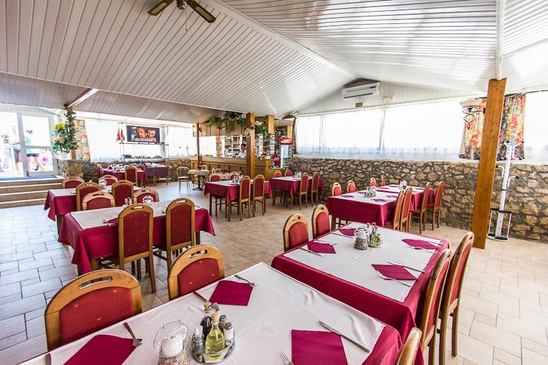 Hotel-Omorika-Punat-restoran