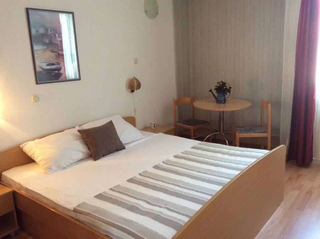 Hotel-Omorika-Punat-soba-1
