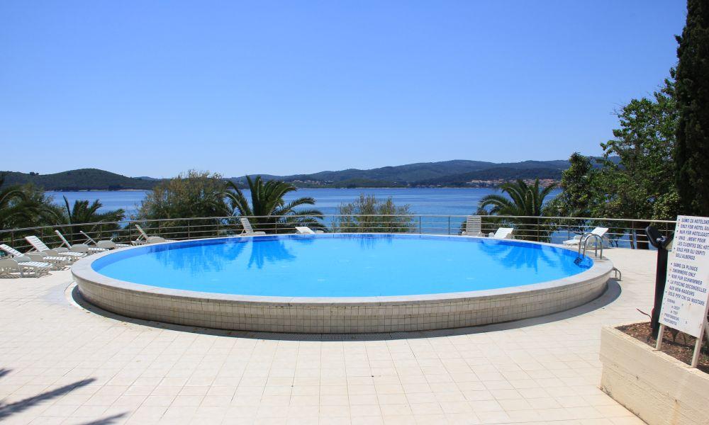 Hotel-Orsan-Orebic-bazen