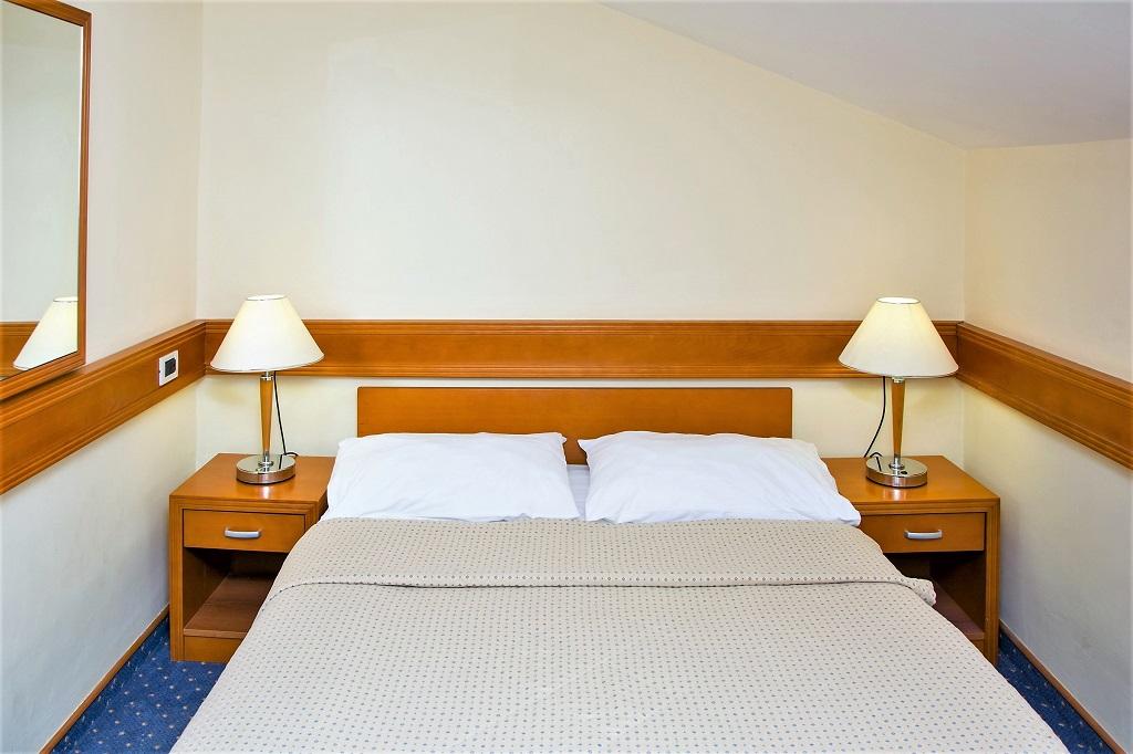 Hotel-SELCE-Selce-Attic-Room