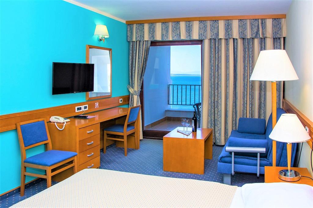 Hotel-SELCE-Selce-Sea-Side-Room-Balcony