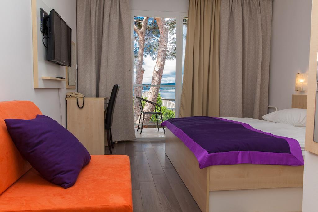 Hotel-Slaven-Selce-Ljetovanje-na-Jadranu-soba2