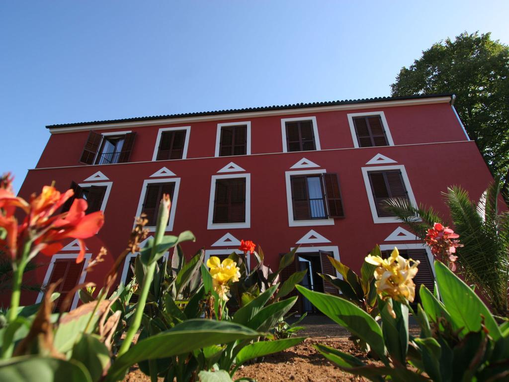 Hotel-Villa-Donat-Ljetovanje-u-Sv.-Filipu-i-Jakovu-slika-eksteriojera-hotela