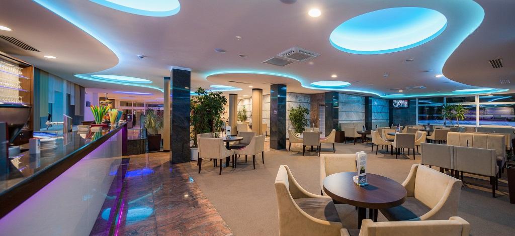 Hotel-Zora-Primosten-aperitiv-bar