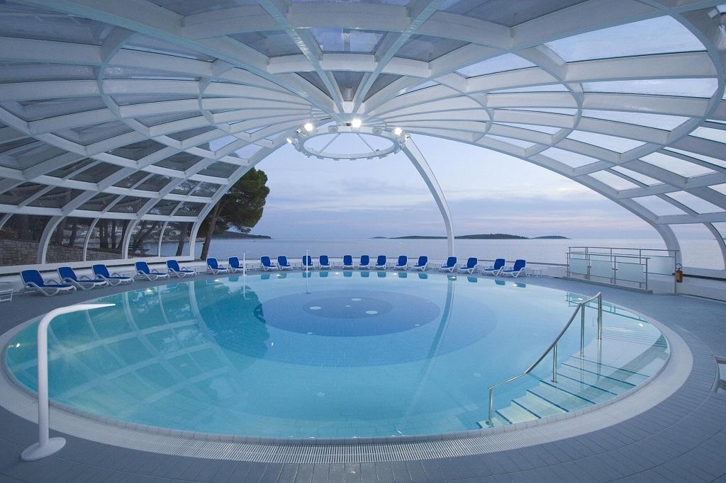 Hotel-Zora-Primosten-bazen