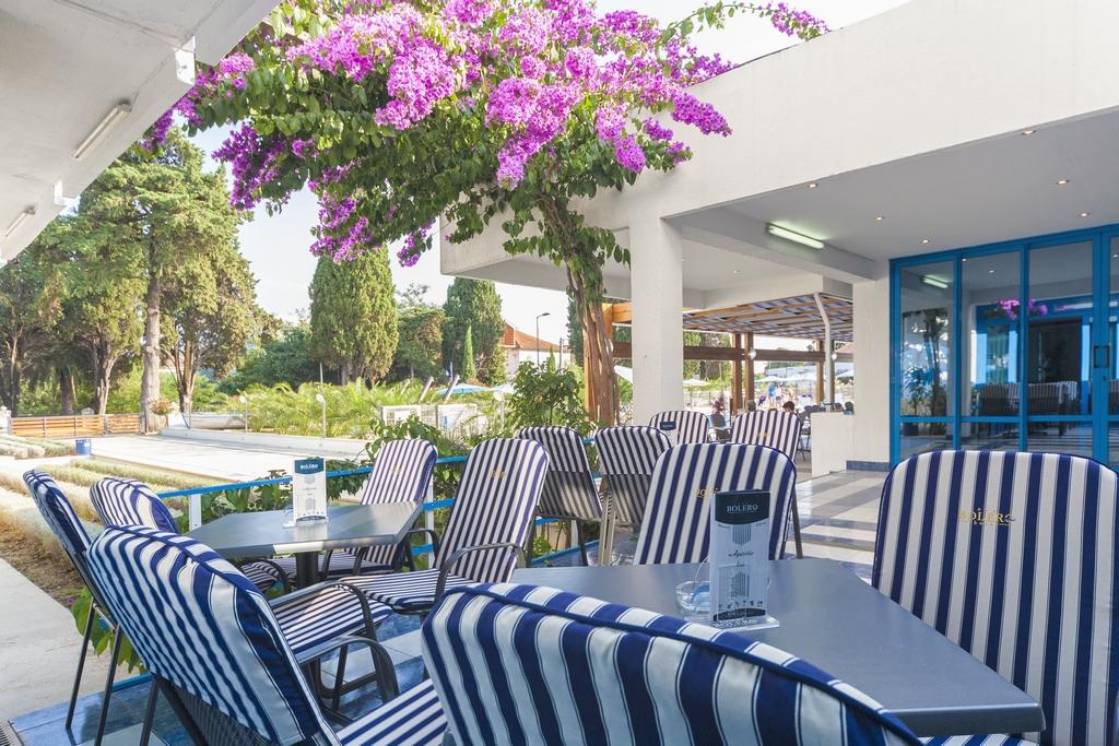 Ljetovanje-Biograd-Hotel-Bolero-bar-4