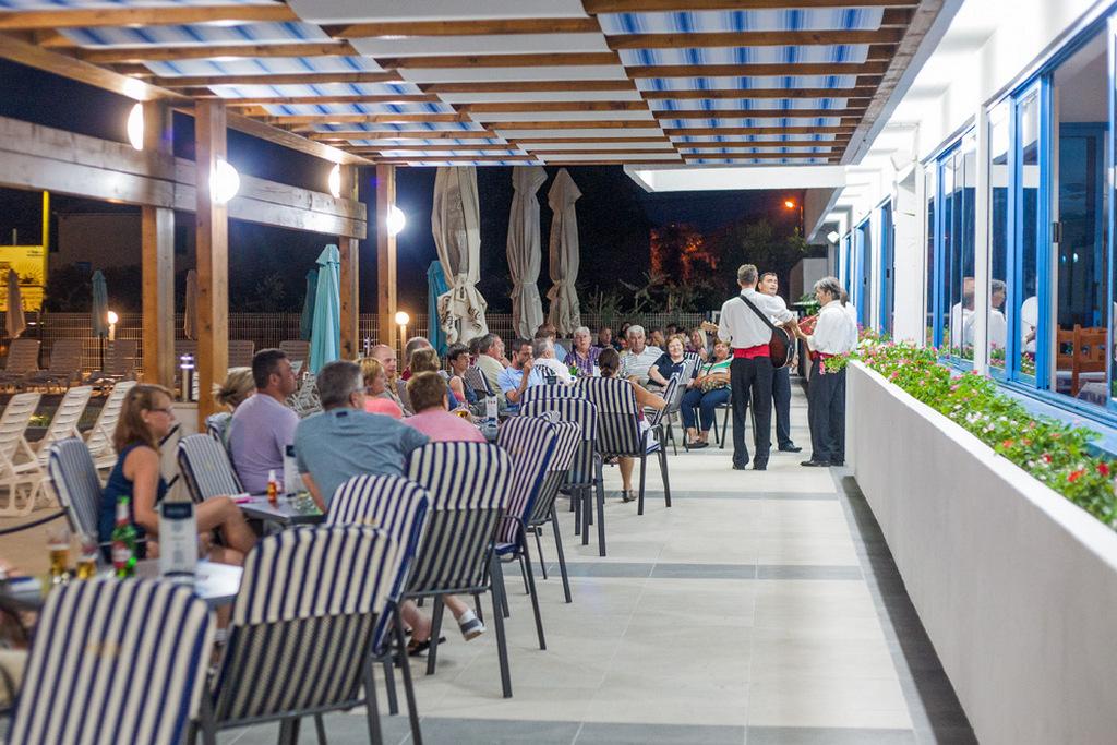 Ljetovanje-Biograd-Hotel-Bolero-klapa-3