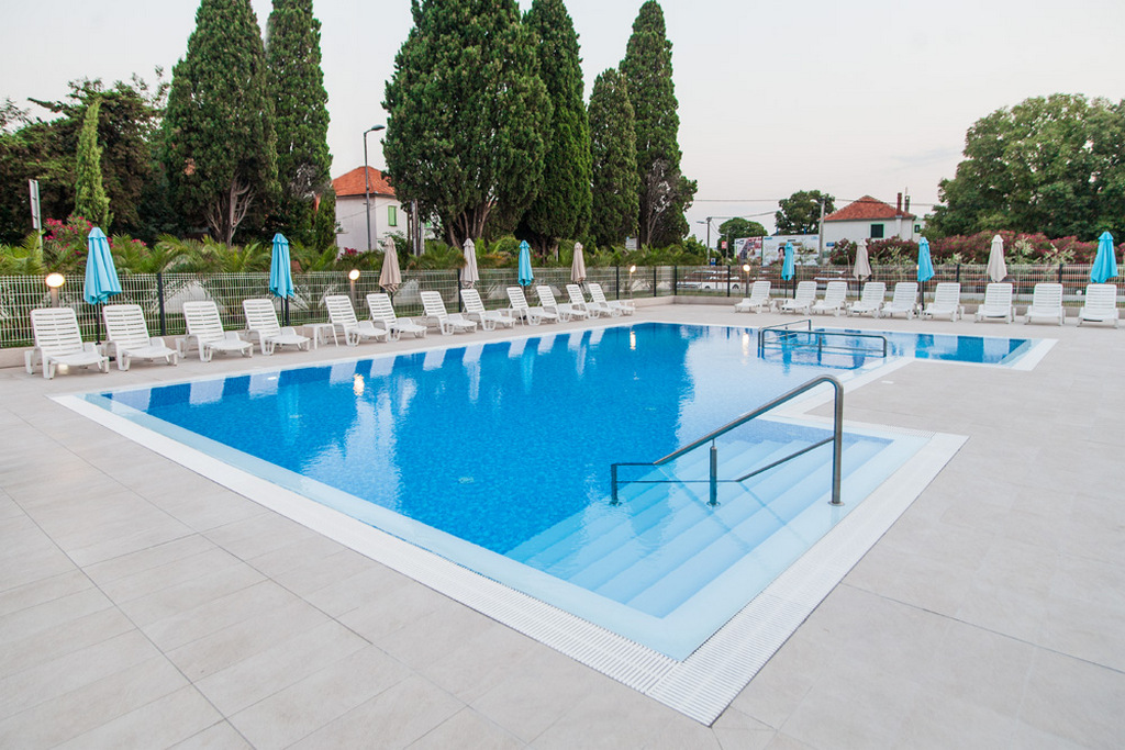 Ljetovanje-Biograd-Hotel-Bolero-vanjski-bazen-5