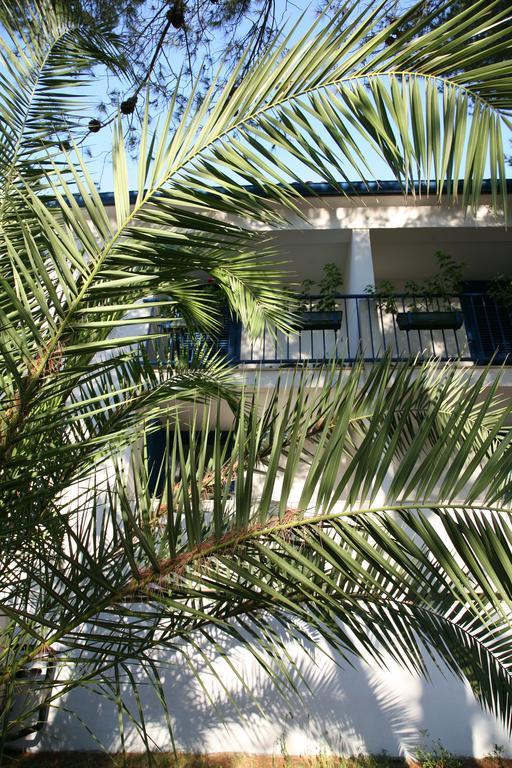 Ljetovanje-Dugi-otok-Hotel-Sali-eksterijer-hotela-3