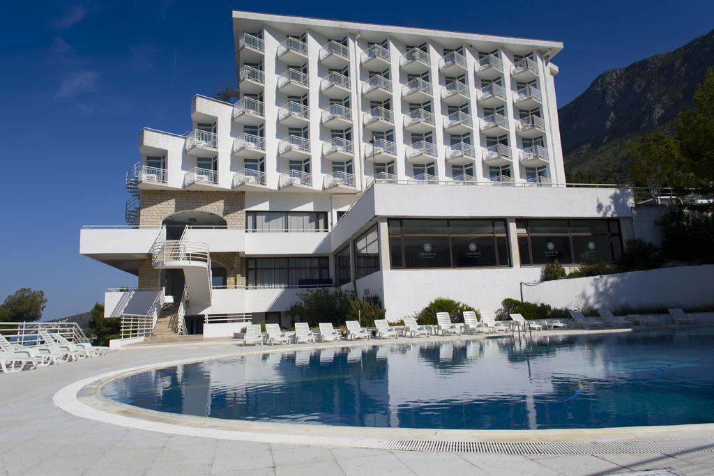 Ljetovanje-Gradac-Adriatiq-hotel-Labineca-naslovna