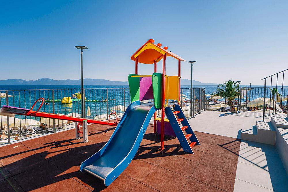 MORENIA-All-inclusive-Resort-Podaca-6