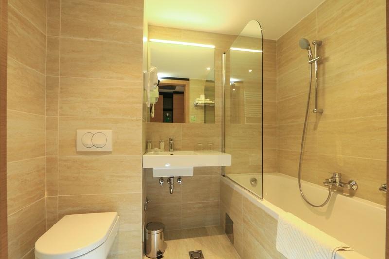 korcula_hotel_liburna_standard_soba_park_0