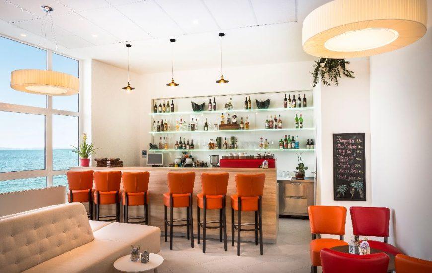 ljetovanje-Opatija-Remisens-Smart-Selection-Hotel-Istra-lobby-bar-9-870x550