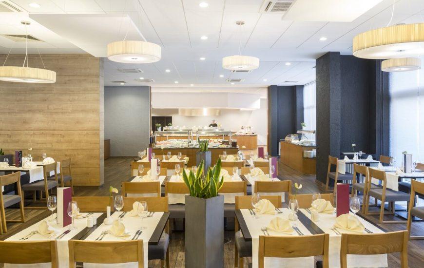 ljetovanje-Opatija-Remisens-hotel-Admiral-restoran-870x550