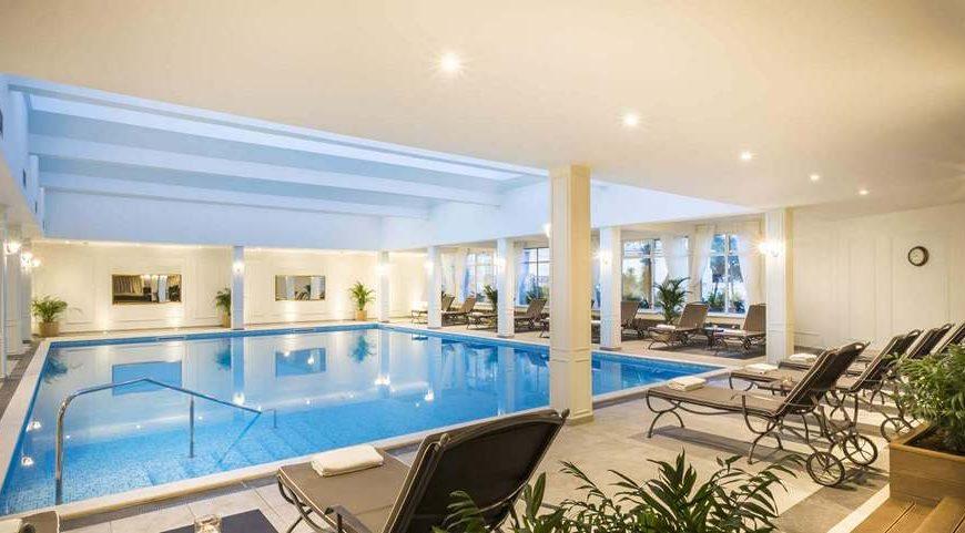 ljetovanje-opatija-remisens-hotel-palace-bellevue-bazen-3-870x481